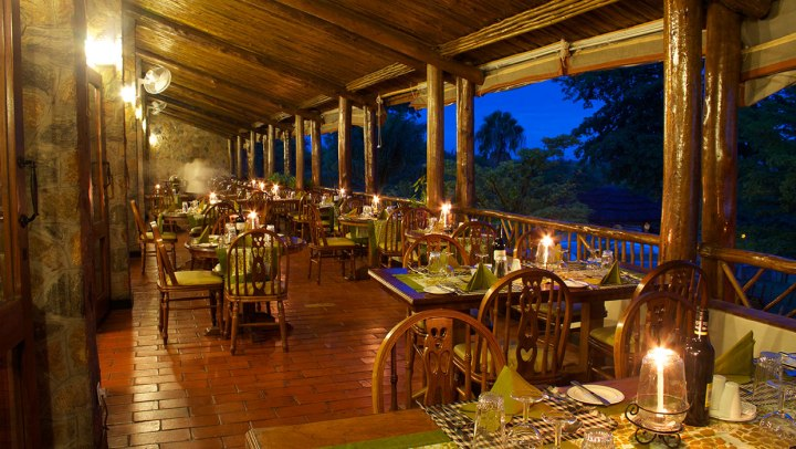 paraa-dining-room-and-terrace-dinner06
